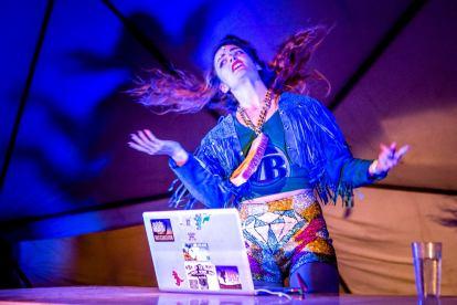 Drazicks Girlfriend (DJ) www.facebook.com/Drazicsgirlfriend